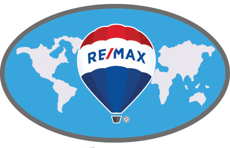RE/MAX World Lapel Pin